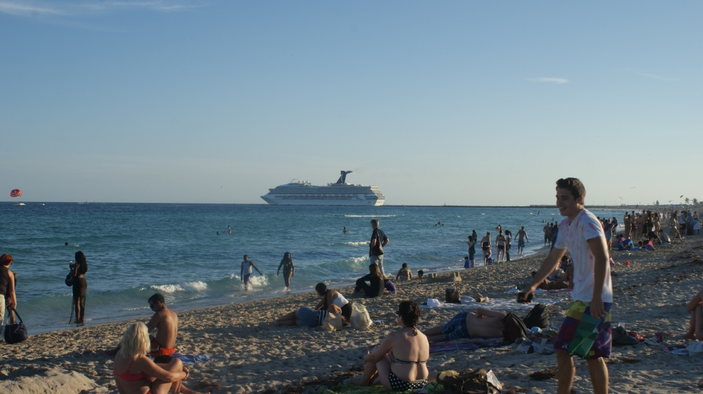 A cruise ship leaves Miami for a Caribbean Itinerary