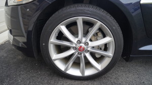 "19"" Aquila alloy wheels are standard in the Luxury trim level."