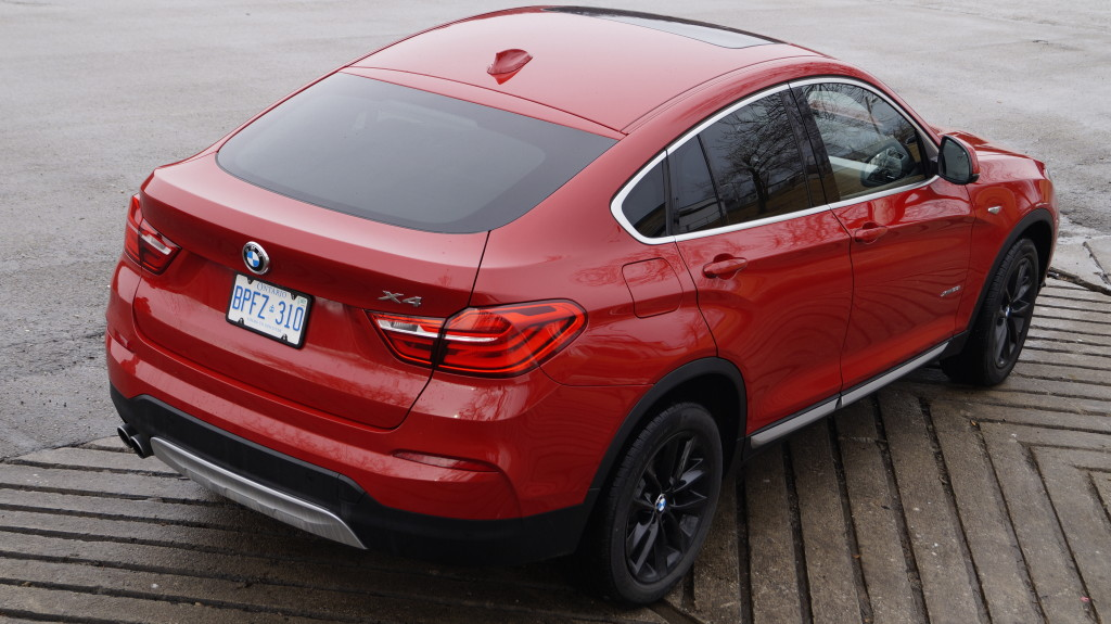The controversial, yet unique coupe-crossover design migrated from the bigger X6 to its compacter cousin.