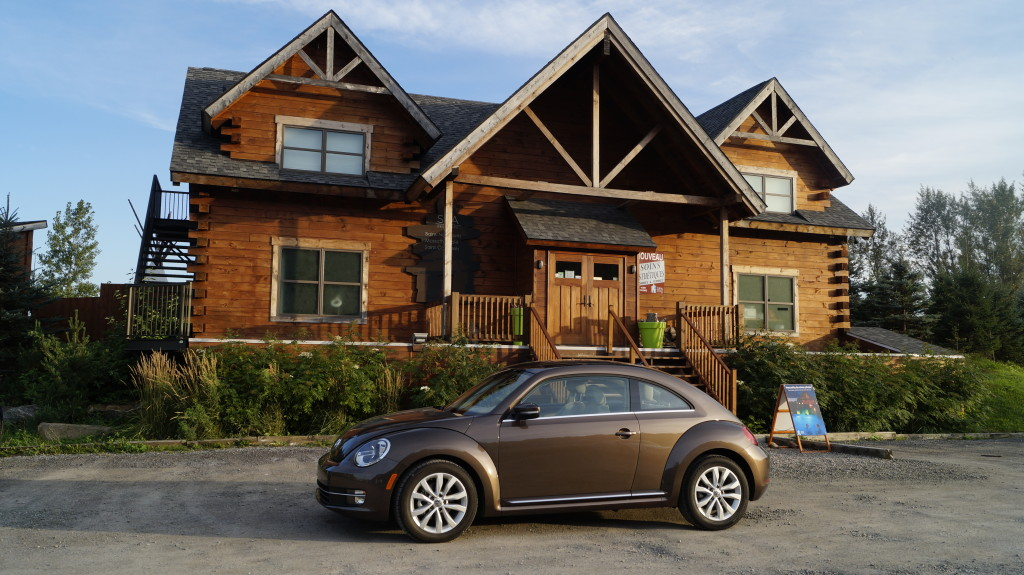 Toffee brown metallic is one of 8 exterior colour options for the Beetle. With all the options in Comfortline trim, the MSRP of our test vehicle exceeds 32 thousand.