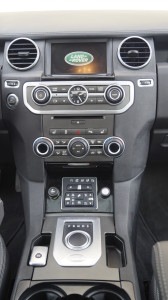 The centre console is very functional with ergonomically placed controls and shift dial like in Jaguar models.